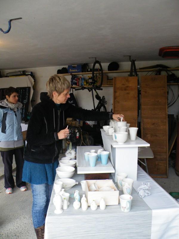 Eveline mit ihrer wortwörtlich märchenhaften Keramik